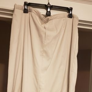 Plus size full skirt sz 18